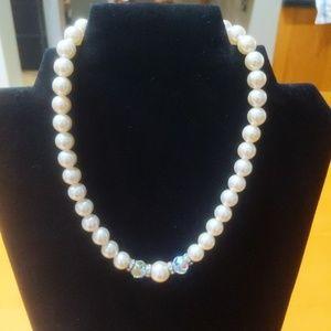 Vintage 50s pearl & crystal choker